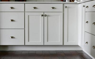 photo of white cabinets custom built in tacoma wa