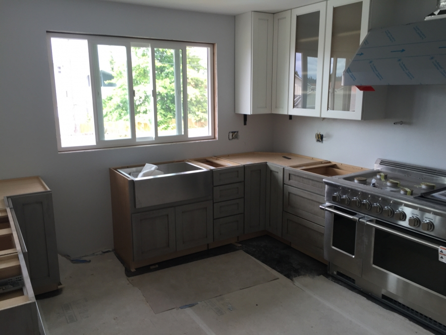 Gray Lower Cabinets with White Uppers - Tacoma, WA