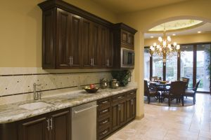 Choosing the Right Finish for Your Tacoma Cabinets