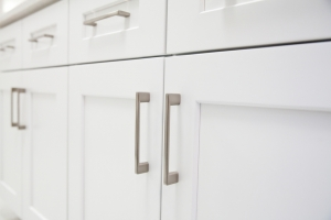 Tips for choosing the right cabinet door style