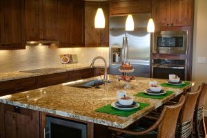 Comparing Brands of Cabinets and Countertops